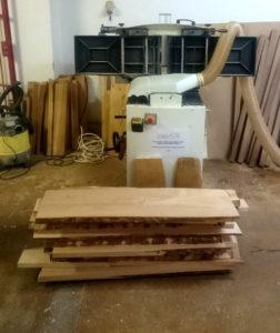 hoblovka a olšové dřevo